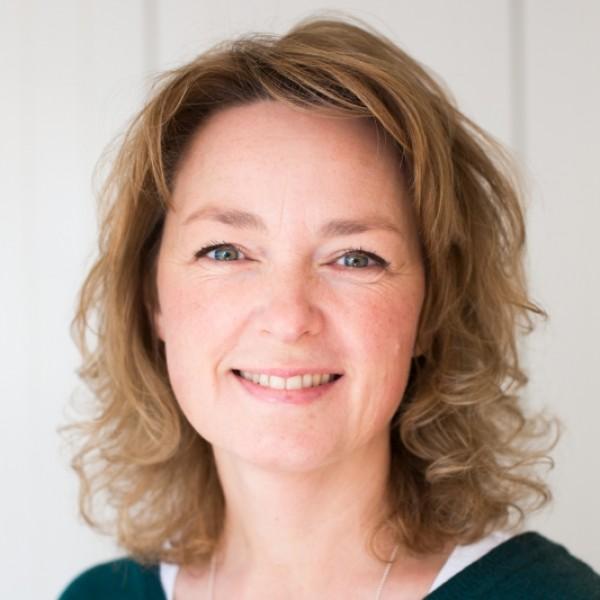 Esther van der Landen