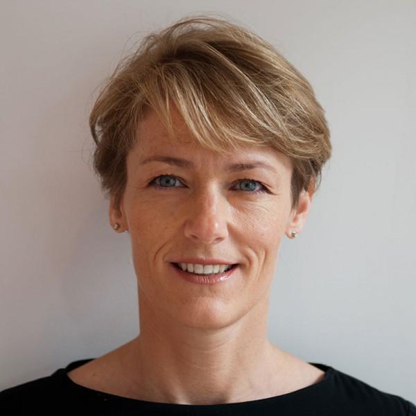 Yvonne Van der Voorn
